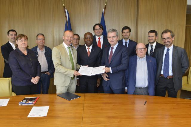 Acuerdos Marco Globales: IndustriALL Global Union e Inditex renuevan el acuerdo que firmaron en 2007
